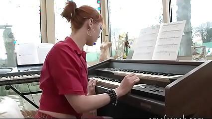 Piano lesson for a little whore