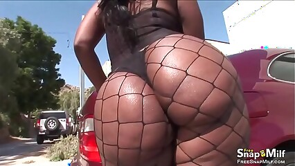 Anal Sex With Big Ass Ebony MOM