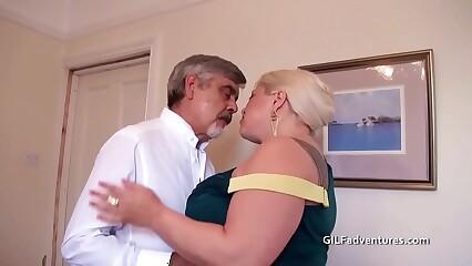 sexy british BBW fisted