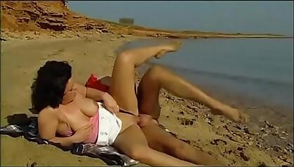 Hot sex on the beach!