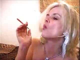 Big Clit Smoker Mature Zoe Zane -Porn Star Movies Zoe Zane