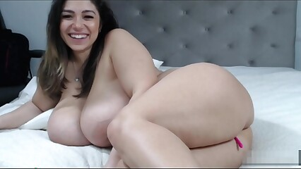 Big booty & Big natural tits 2