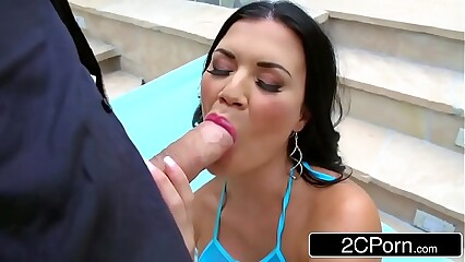 British MILF Jasmine Jae Loves Anal