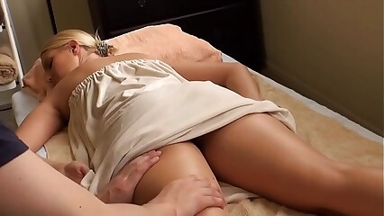 blonde babe massaged vanessa cage