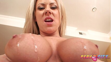 PervCity Carolyn Reese Wife Intense Blowjob