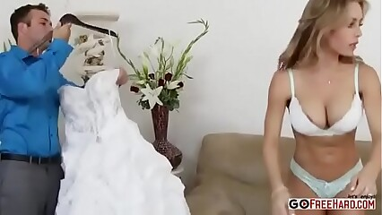 Nicole Aniston taking facial cumshot 34 min