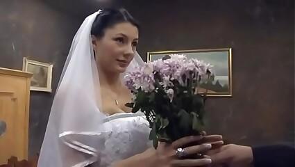Fuck after my wedding. www.ClipBB.com