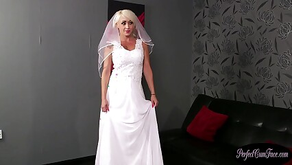Bigtits UK bride rewarded with big facial