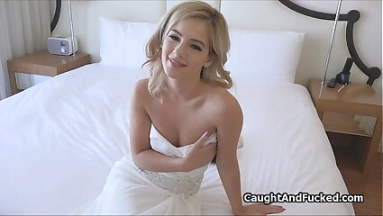 Bridesmaid fucks best man in brides dress