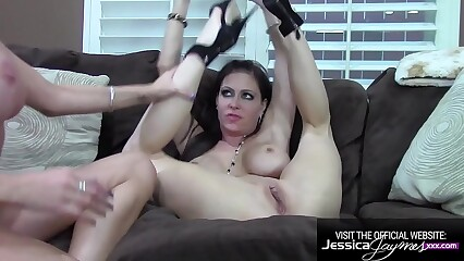 Busty Bombshells Jess and Briana Fucks each other Pussies