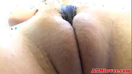 Hugeass babe rubs her pussy in closeup