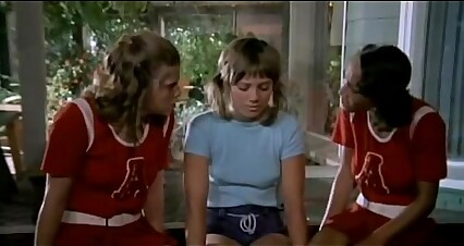 The Cheerleaders ))))) (1973)