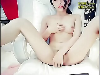 webcam dancing and cum Part 1 more at mypornstation