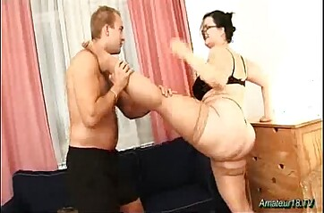 Chubby flexible babe fucked