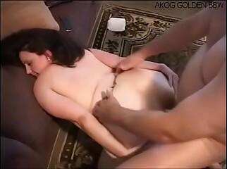 Hermosa Chubby gordibuena recibiendo un delicioso anal