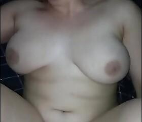 Fucking my chubby girlfriend