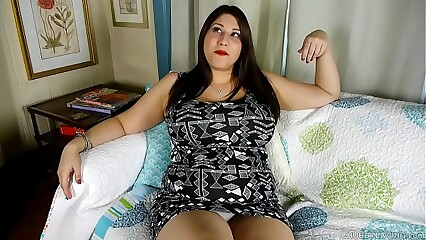 Super cute chubby honey loves talking nasty & fucking her fat juicy pussy