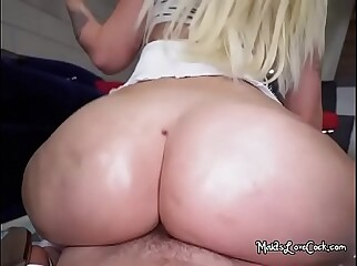 Sexy Maid Alexis Andrews Sits On Big Cock Of Her Boss
