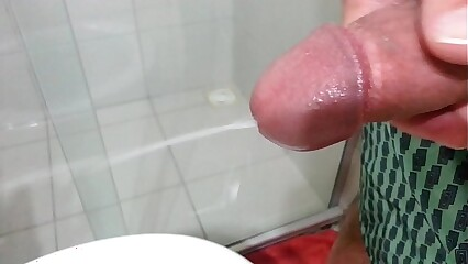 Massive Cumshot, first pouring, then squirting