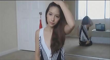 cute 18yo cam girl masturbating - www.camgirllove.com
