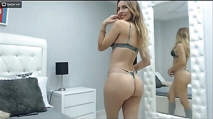 SamanthaBunny-  you'll get erect when you see my sexy dance