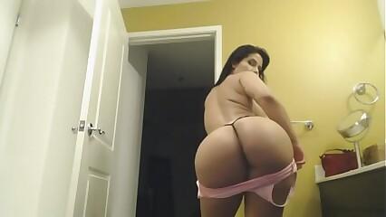 Booty Ass Hot Twerk Dance Girl  XXHotCam.com