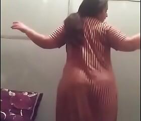 Moroccan chubby dancing