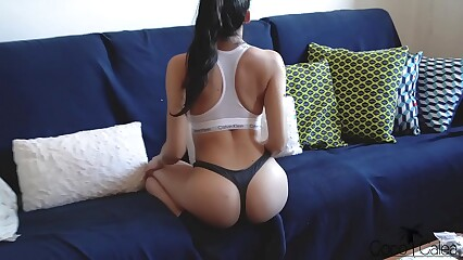 YOUNG AMATEUR BABE IN CALVIN BRA GETS FUCKED ON A COUCH WITH CUM ON HER ASS