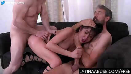 Illegal Latina roughed to get a VISA