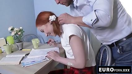 Kira Roller anal