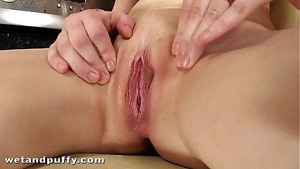 Lemony sweet anal and pussy penetration
