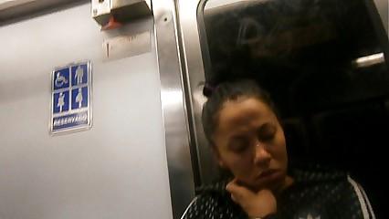 cameltoe en metro