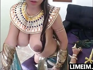 Busty Cam Chick With An Egyptian Costume