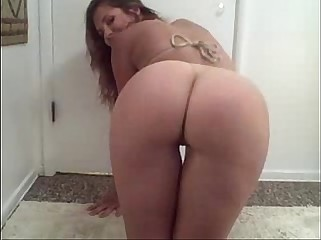 sexy broad stripping while  shakin it