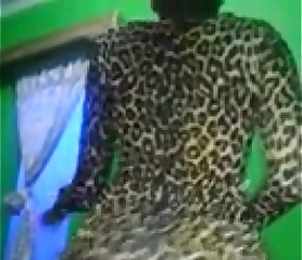Nigerian Girl Booty Shaking