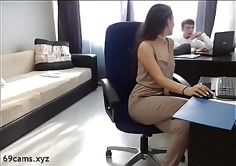 Beauty Brunette fucked by her boss - 69cams.xyz