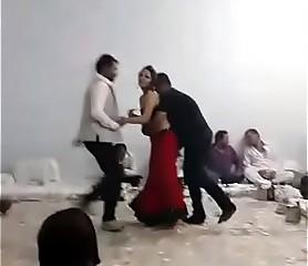 Randi dance in party