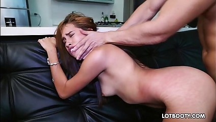 Amateur juicy booty latina Laura Brown doggystyle fucked