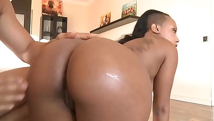Ebony Booty Rides Big cock -Watch Part2 on HotTeensOnWebCam.com