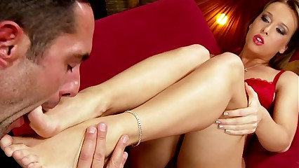 Footjob feet babe gets soles worshiped