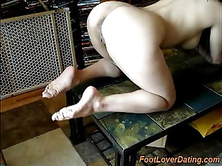 Cum on dirty feet