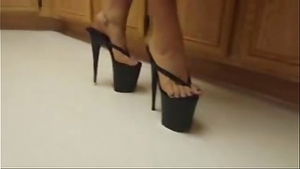 Asian feet in platforms- Tastycamz.com