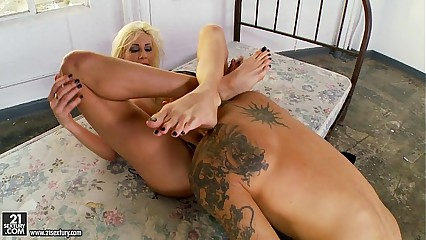Puma Swede Headscissors With Feet And Toes
