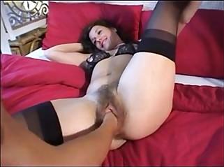 Fisting German Wife's Hairy Pussy - FistingPussy.biz