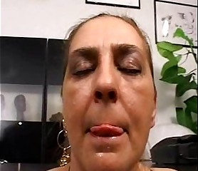 Tina Monti hairy Italian mature - anal office ufficio