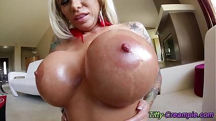 Ho gets cum on huge tits