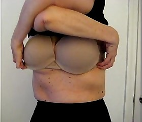 Wife Flashing Huge Boobs