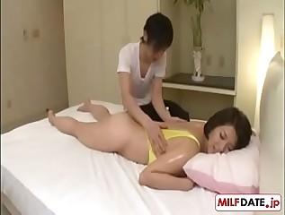 Aerobic Japanese Mom