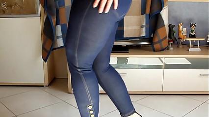 Big german Ass Lap Dance Jeans