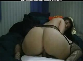 Amateur Big Ass Latina Fucks Big Dildo